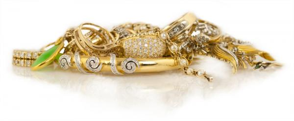 Get cash for your unwanted or broken jewelry from Arden Jewlers