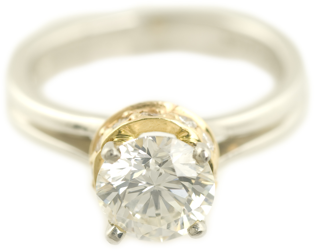 Round Brilliant Diamond Ring in Platinum and Yellow Gold
