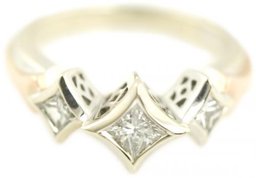 Diamond Bezel Princess Cut Ring with Diamond Shaped Filigree