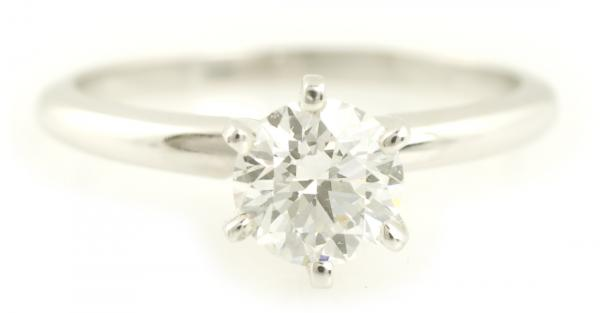 A simple presentation engagement ring