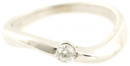 Offset Curved Diamond Solitaire with Round Brilliant Diamond