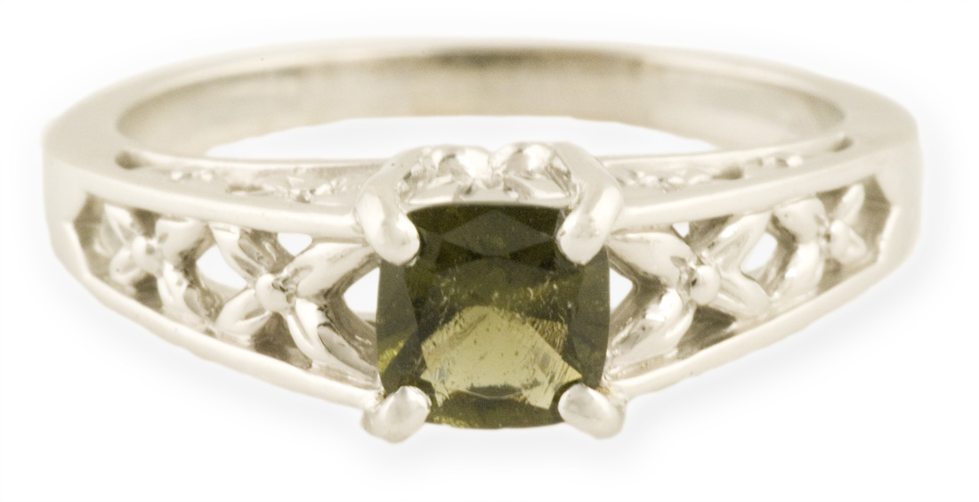 Asteria : Floral Design Gold Ring