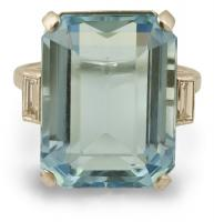 4807-platinum-aquamarine-cocktail-ring-top