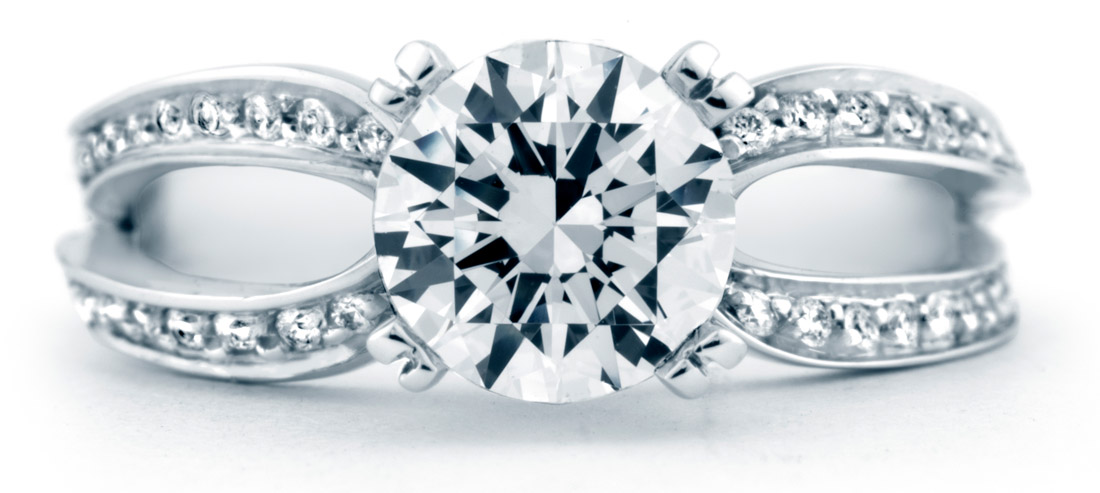 Mark Schneider Amore Engagement Ring Top View