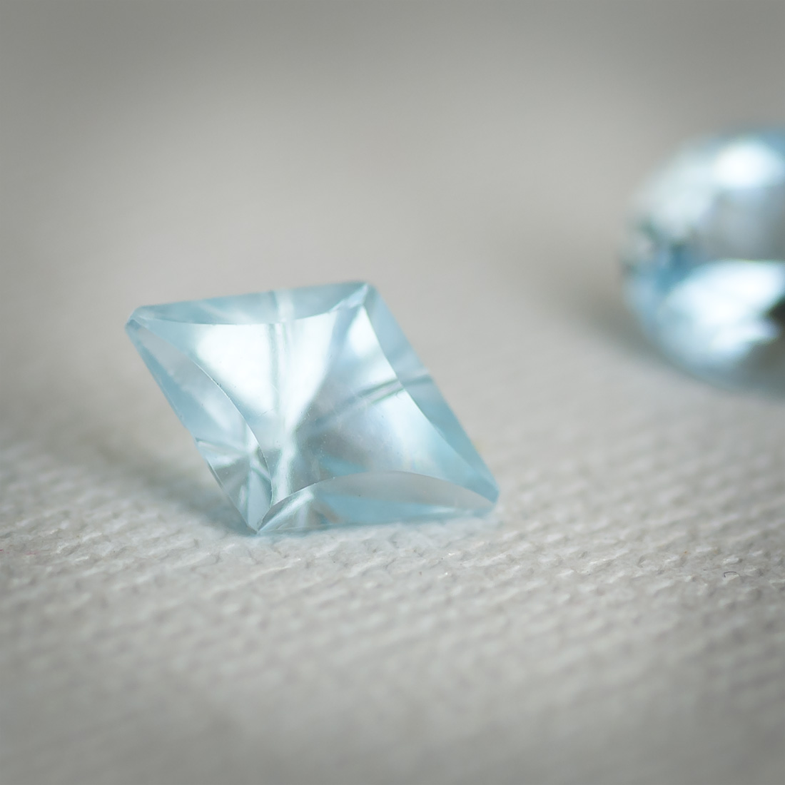 Loose fantasy cut aquamarine