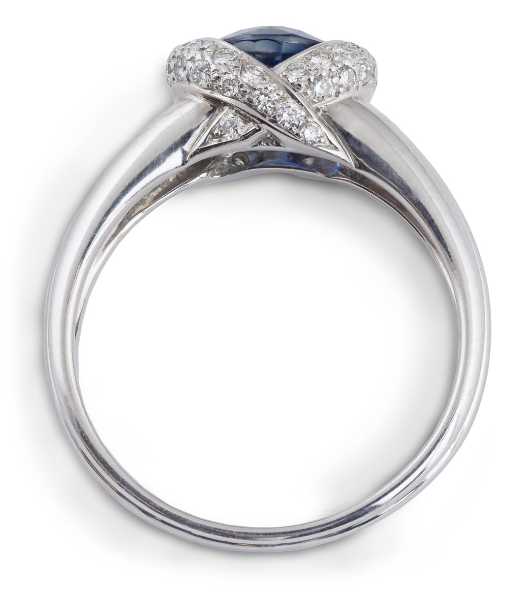 Sapphire Ring With Diamond Pave - Top