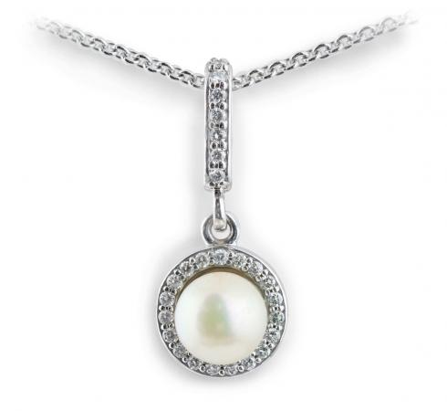 Akoya Pearl Pendant with Diamond Halo