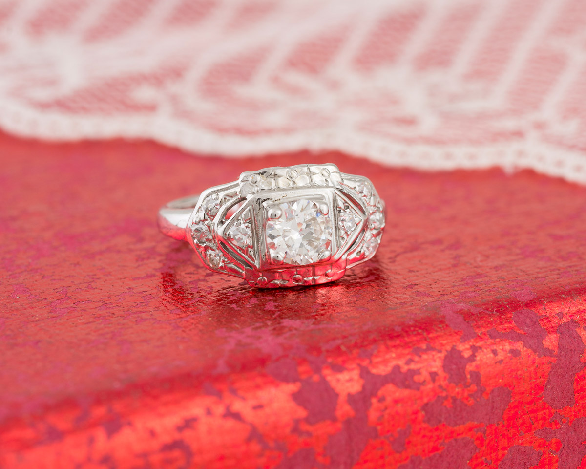 Vintage Art Deco Diamond Engagement Ring : 7866 : Arden Jewelers