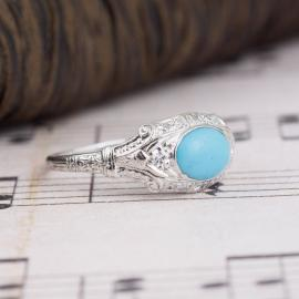 Vintage Turquoise Ring with Diamond Accents - Side