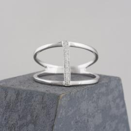 Minimalist Split Shank Ring with Bar of Diamond Accents