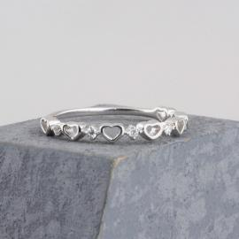 Minimalist Heart Band with Diamond Accents