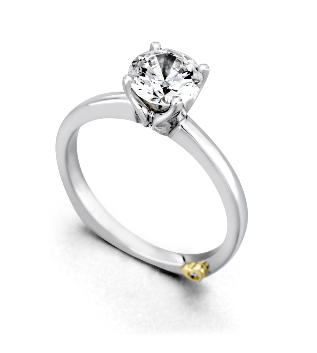 Mark Schneider : Kiss Solitaire Engagement Ring