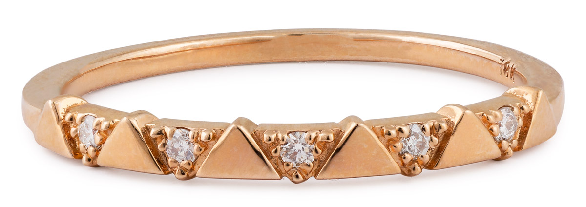 Triangle Pattern Diamond Band
