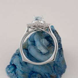 Art Deco Inspired Oval Aquamarine Ring with Baguette Diamond Halo - 3