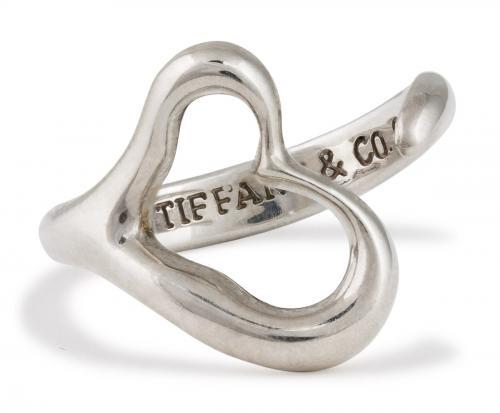 Tiffany And Co. : Elsa Peretti Open Heart Ring